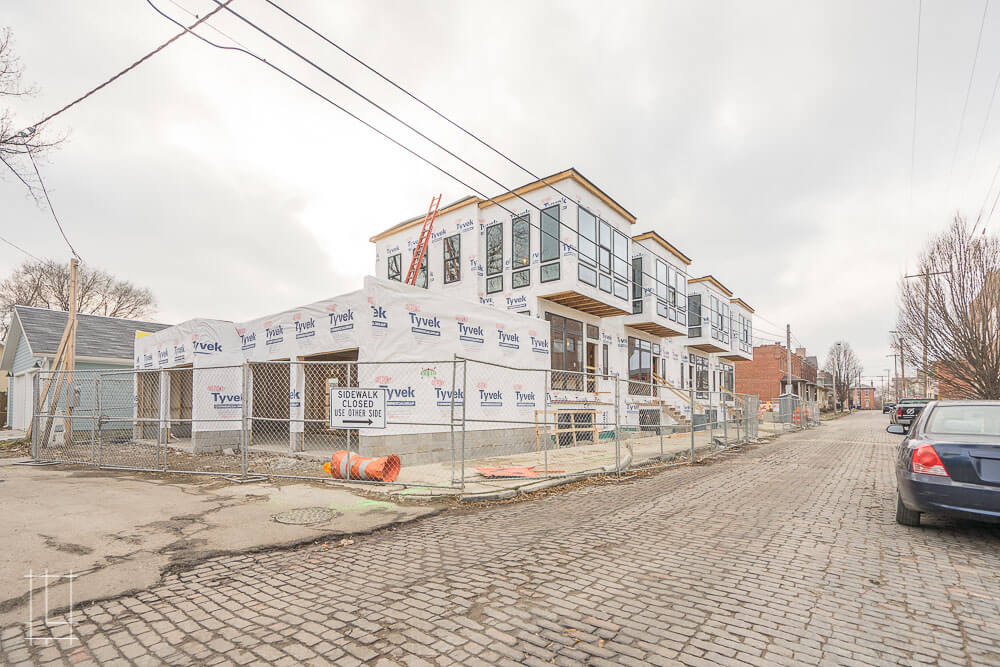 If you're looking to up your square footage in the cramped Short North, then these townhomes will be the way to go. Just across from our EJ Thomas project, these four new 3 bedroom, 3.5 bathroom homes will have beautiful exteriors and luxurious interior finishes. As cherries on top, residents will each have a dedicated one-car garage and a finished basement.  Located in Columbus, Ohio, Lykens Companies serves Columbus, Ohio's urban core with an eye toward historical preservation and restoration. We are deeply involved in the Short North, Victorian Village, Italian Village, Olde Towne East, and Weiland Park communities.