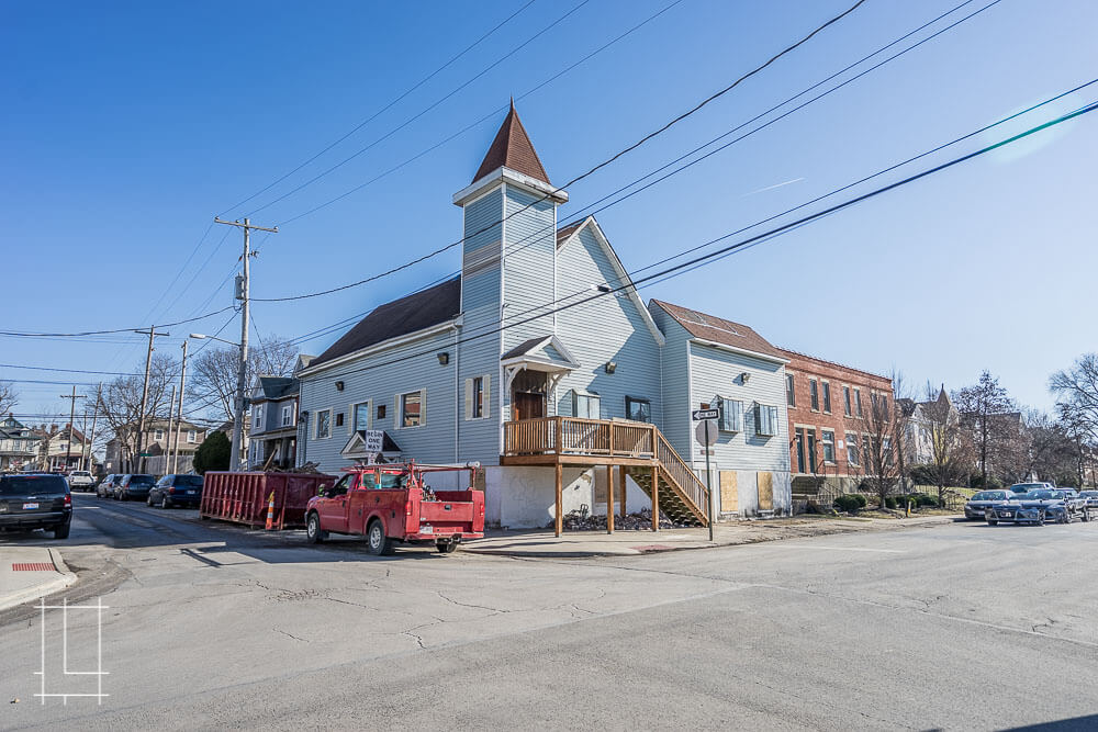 This former church on Indianola Avenue has been completely outfitted to include seven apartments with top of the line kitchens, bathrooms, and more. Located in Columbus, Ohio, Lykens Companies serves Columbus, Ohio's urban core with an eye toward historical preservation and restoration. We are deeply involved in the Short North, Victorian Village, Italian Village, Olde Towne East, and Weiland Park communities.